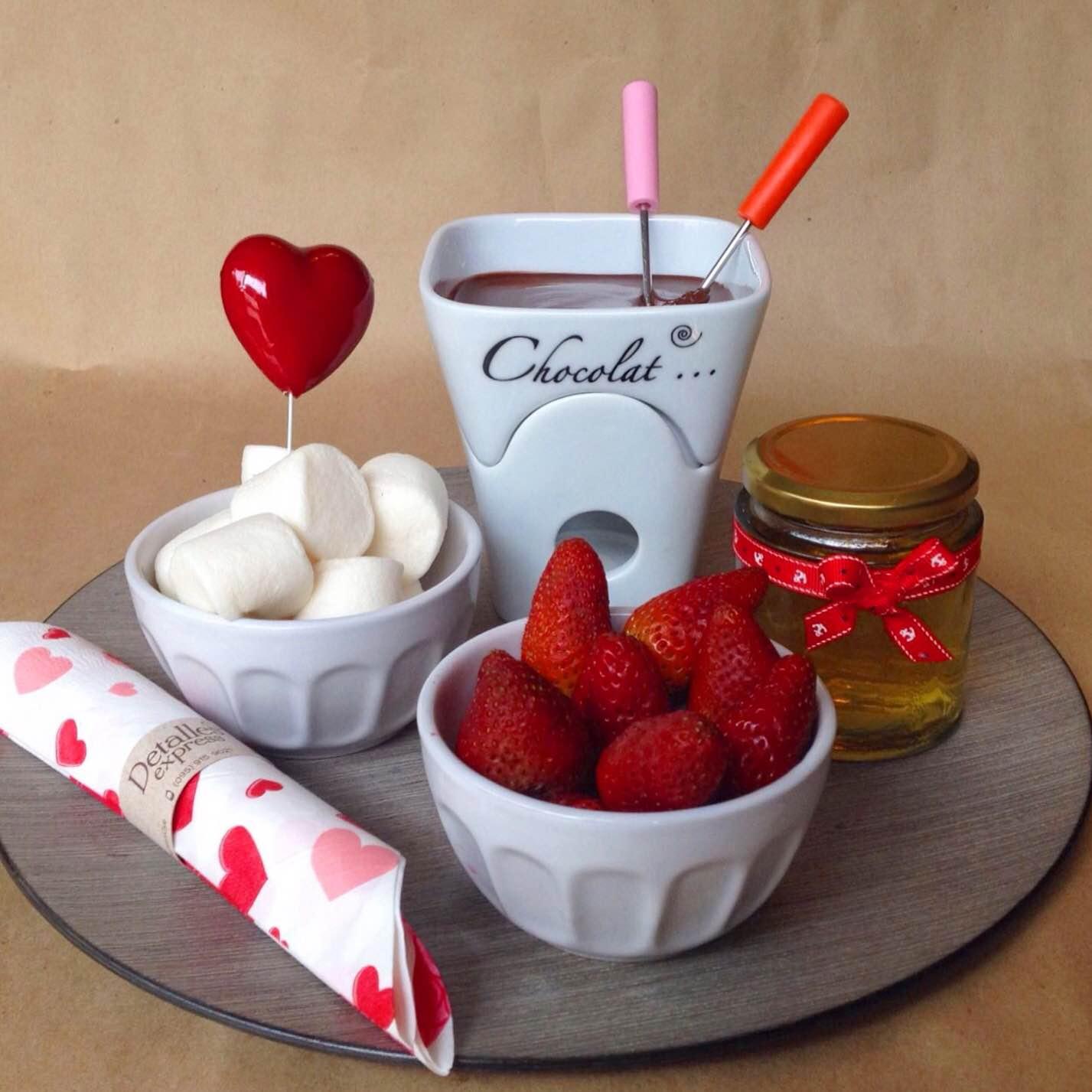 Fondue de chocolate detalles express desayunos y - Regala un desayuno a domicilio ...